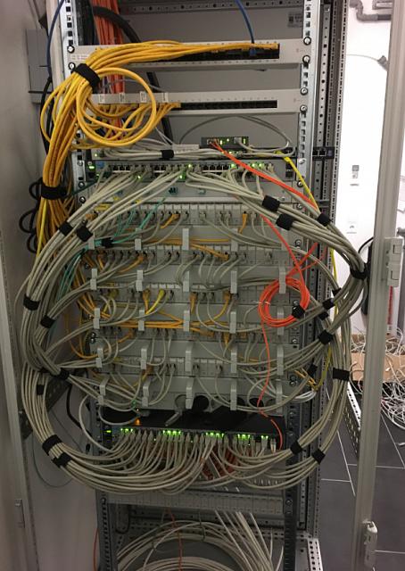 den-eigenen-server-gut-im-netzwerkschrank-lagern