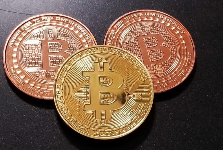 luxury-lifestyle-bitcoin